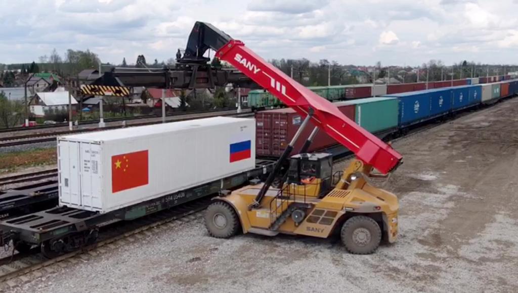 Россия поставила в Китай первую партию курятины в формате внутреннего таможенного транзита