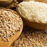 Почему гречка и рис мешают похудеть зимой — диетолог